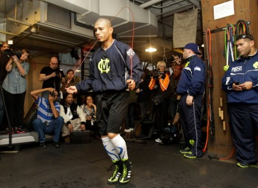 LanceScurv TV - Super Welterweight Boxing Champion Miguel Cotto Arrives For Training!