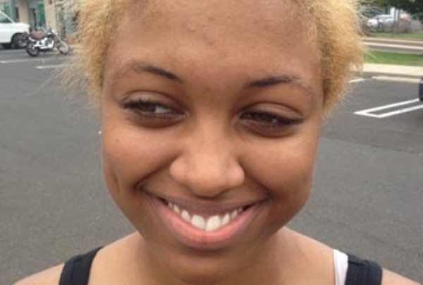 Abercrombie & Fitch Employee Amber Mitchell Claims That She Was Sent Home For Dyeing Her Hair Blonde!