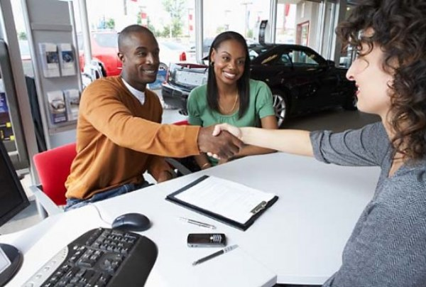 Is It True That All Black Folks Have Bad Credit? – The LanceScurv Show