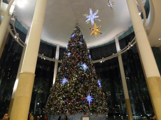 Christmas Tree At The Mall At Millenia