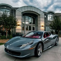 Lavish Homes & Luxury Cars