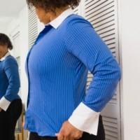 black-woman-looking-in-mirror