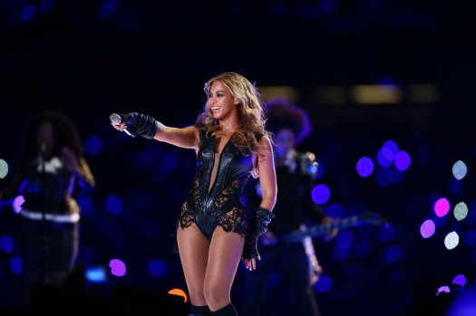 Beyonce-Super-Bowl-2013-Matthew Knowles