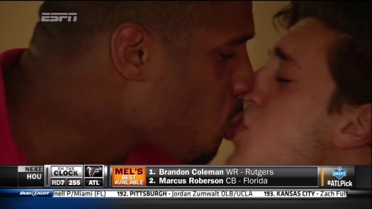 Michael Sam Kiss